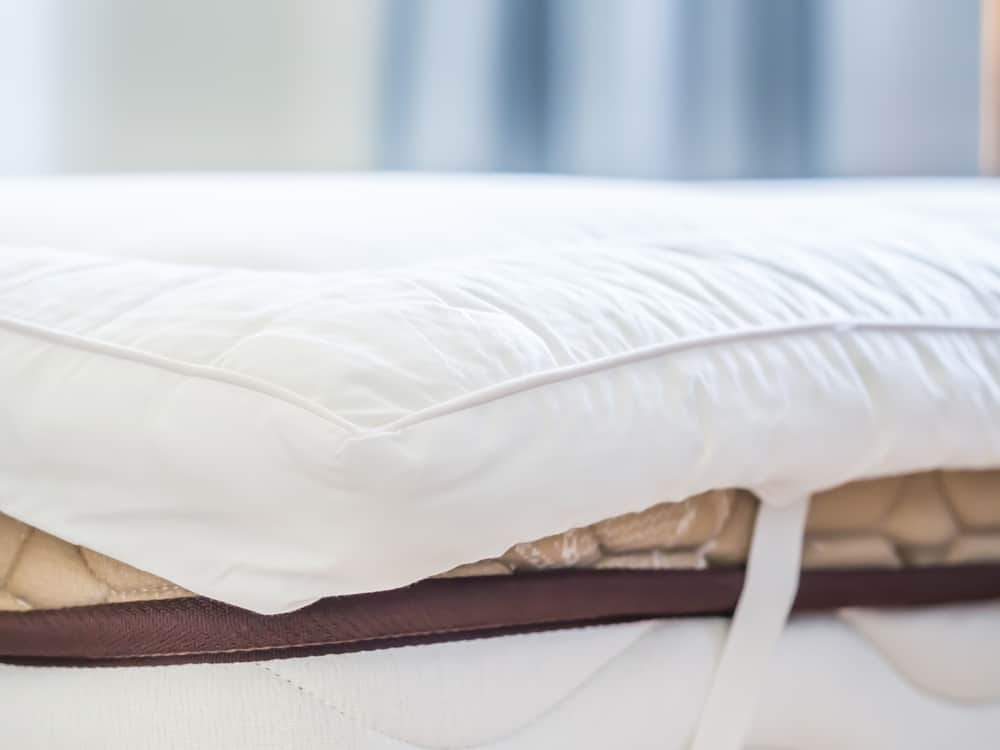 10 Best Mattress Toppers For Back Pain 2020 Lully Sleep