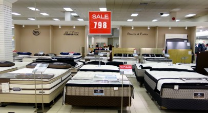 Should You Buy a Mattress Online or in Store?